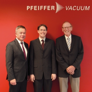 The prize is donated by Pfeiffer Vacuum, the Dr. Erich Pfeiffer Foundation and the Ludwig Schunk Foundation